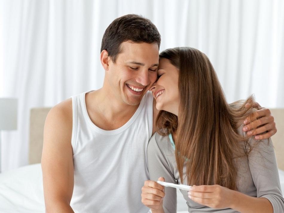 Чтобы наступила беременность, сексом можно заниматься утром и вечером