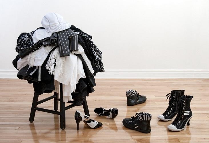 Вещи должны быть или в шкафу, или в корзине для грязного белья