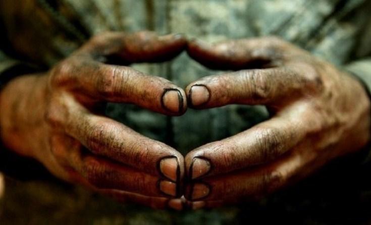 Грязные ногти и руки