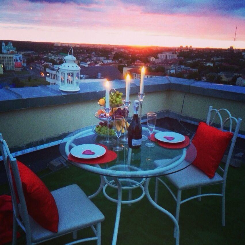 Романтический ужин - прекрасное завершение дня и отличный подарок для девушки