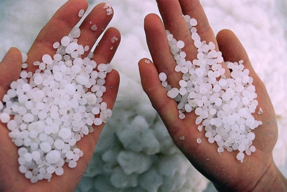 Морская соль поможет ненадолго устранить симптомы гипергидроза подмышек
