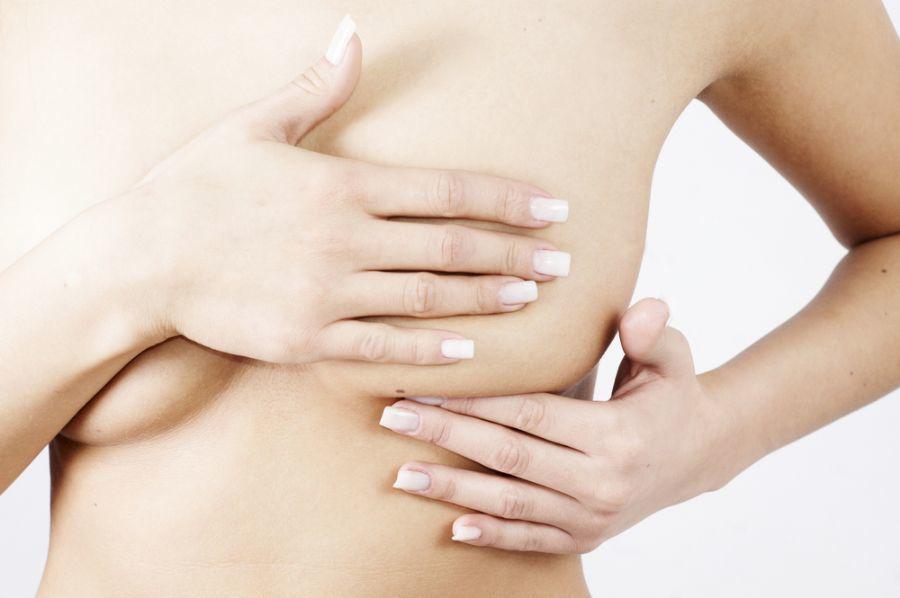 С помощью хозяйственного мыла можно очищать, но не лечить грудь