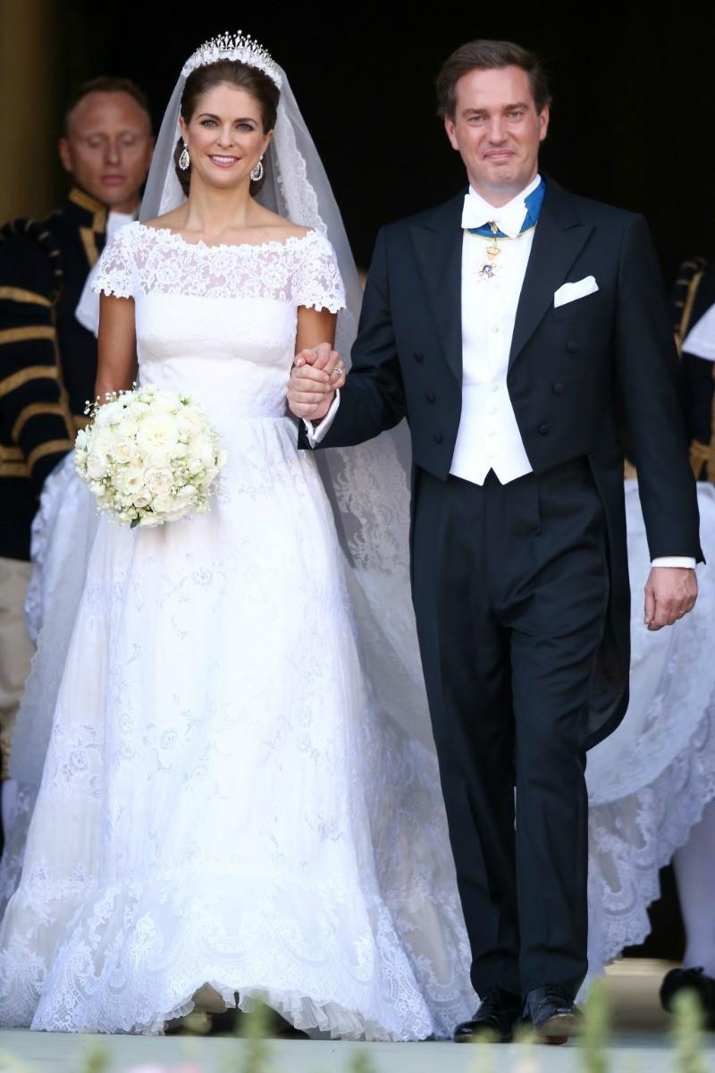 Платье на венчальную процессию для женщин в возрасте