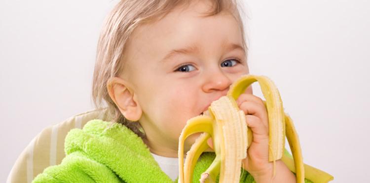 Может ли навредить банан ребенку?