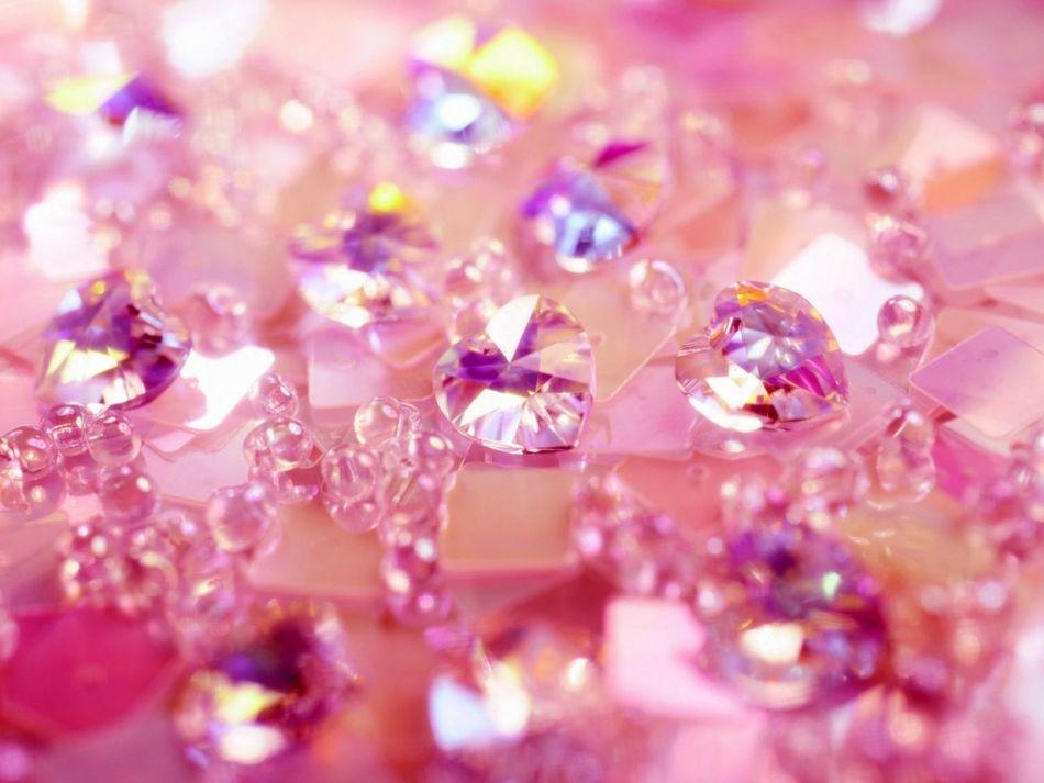 Розовые драгоценные камни
