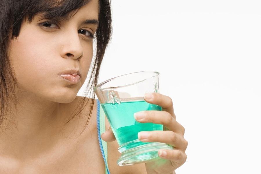 Правильная чистка и полоскание рта