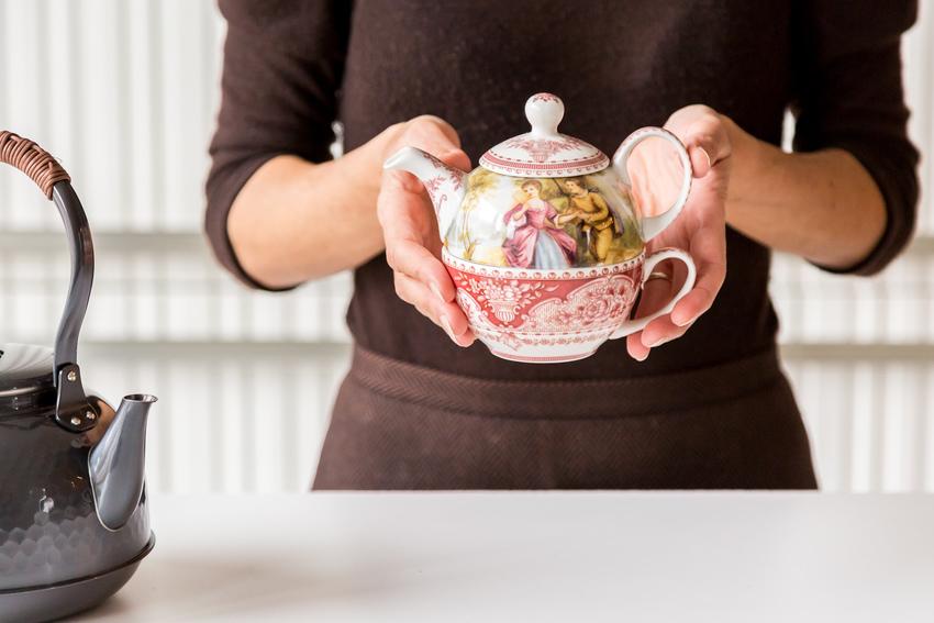 Дизайнерский чайник в качестве подарка для девушки
