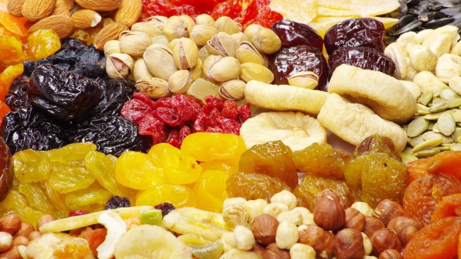 Сухофрукты в безалкогольном глинтвейне - кладезь витаминов