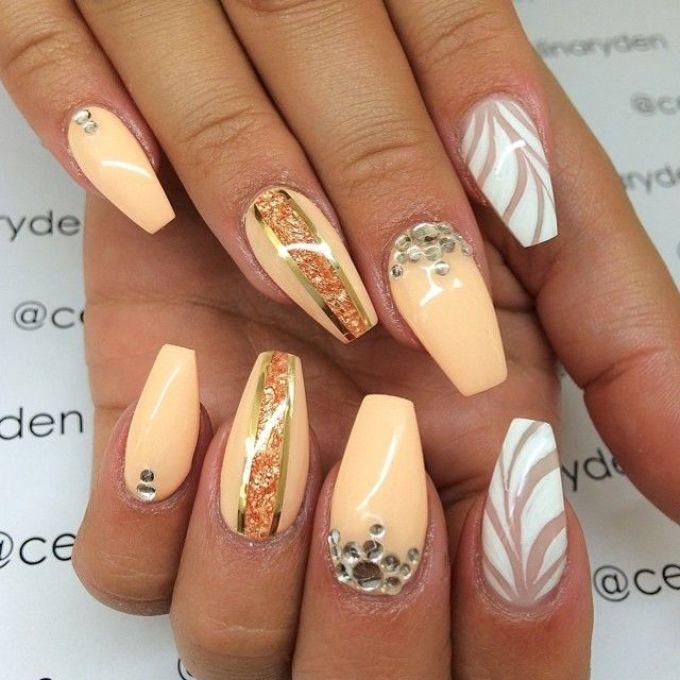 Дизайн ногтей балерина.