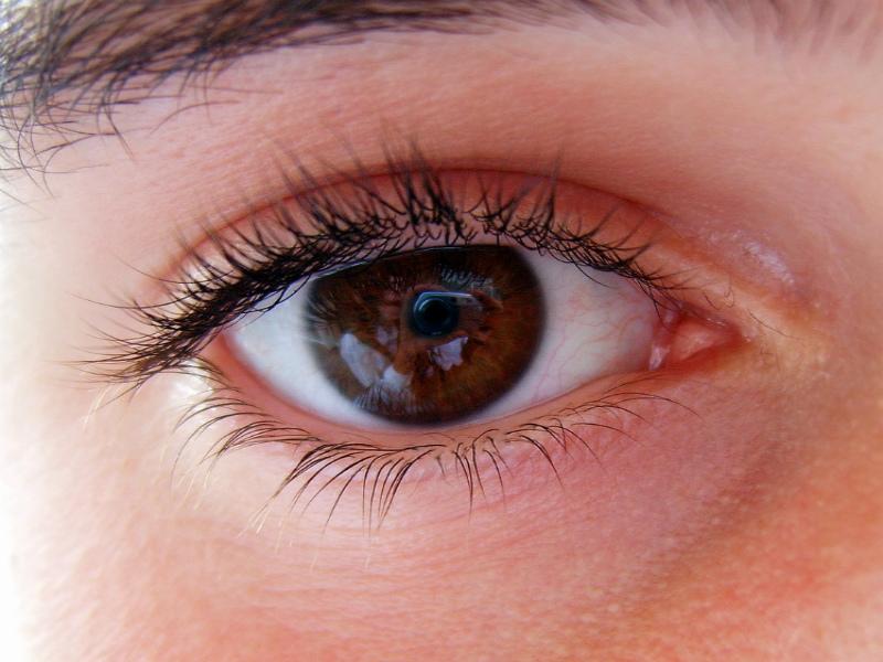 Причины нервного тика глаз у детей