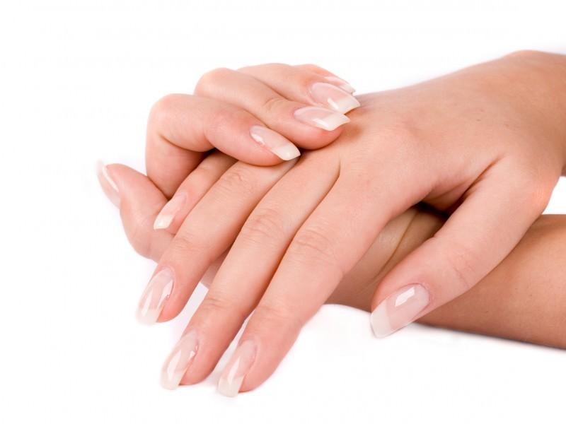 Нет ничего полезнее, чем укрепление ногтей витаминами, которые можно получить через продукты питания