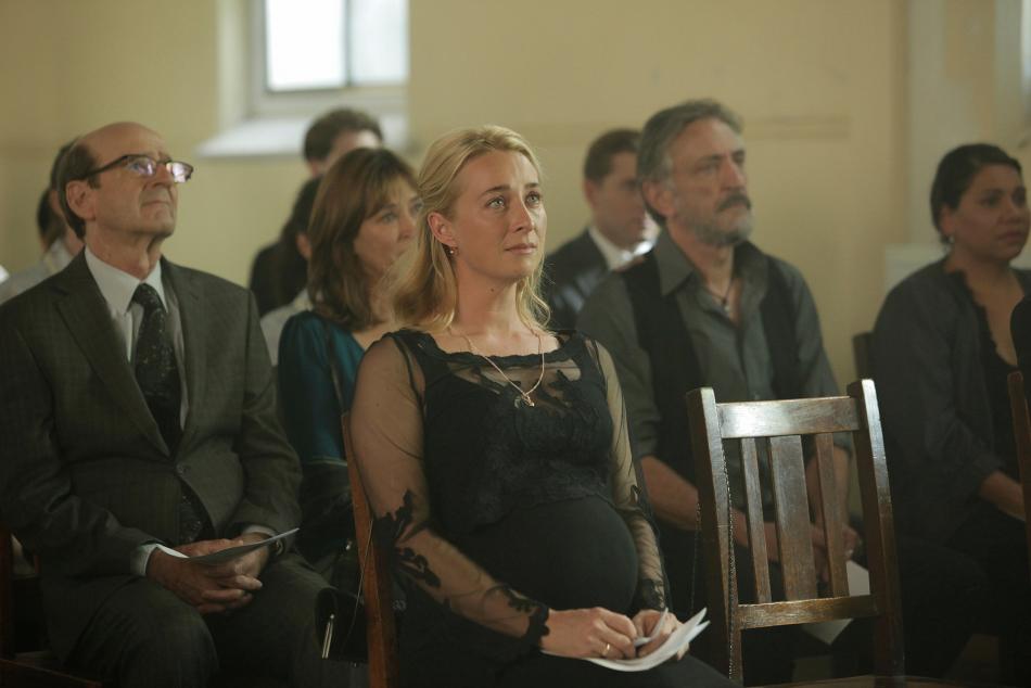Можно ли беременным ходить на похороны?