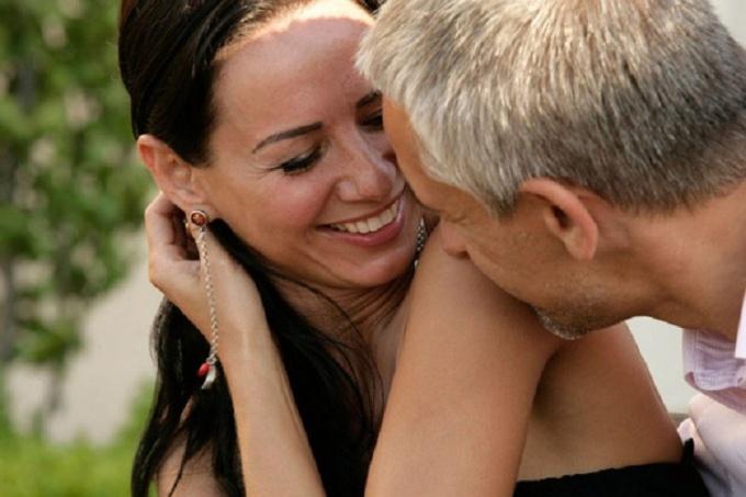 Влюбить женщину помоложе