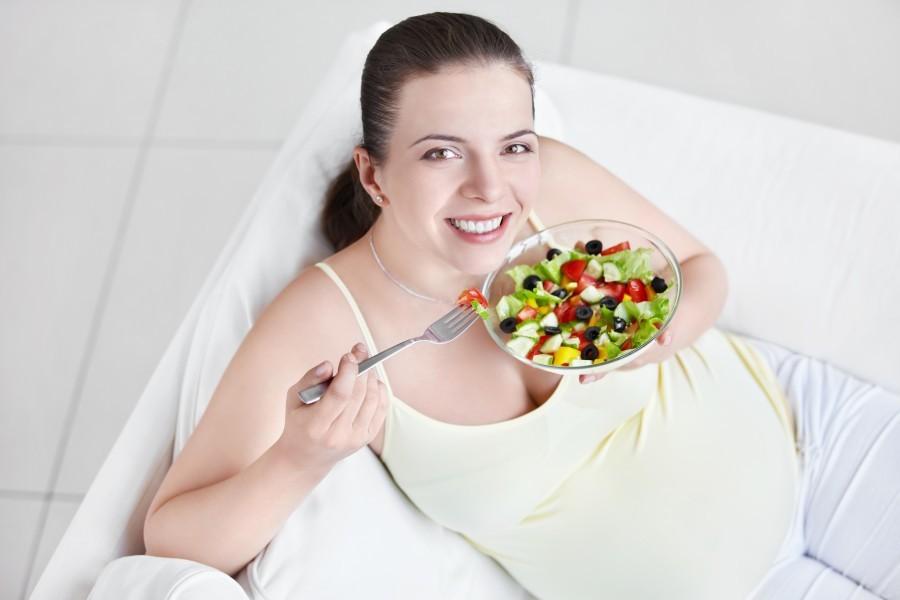 Режим питания для беременной и кормящей женщины
