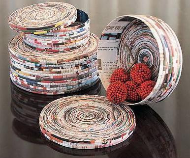 Коробочки из газетных трубочек