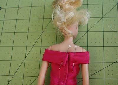 vechernee-plate-dlya-barbi-shag-9 Как сшить одежду для куклы Барби и Монстер Хай своими руками: выкройки, схемы, фото. Как сшить карнавальный костюм для куклы Барби и Монстер Хай своими руками?