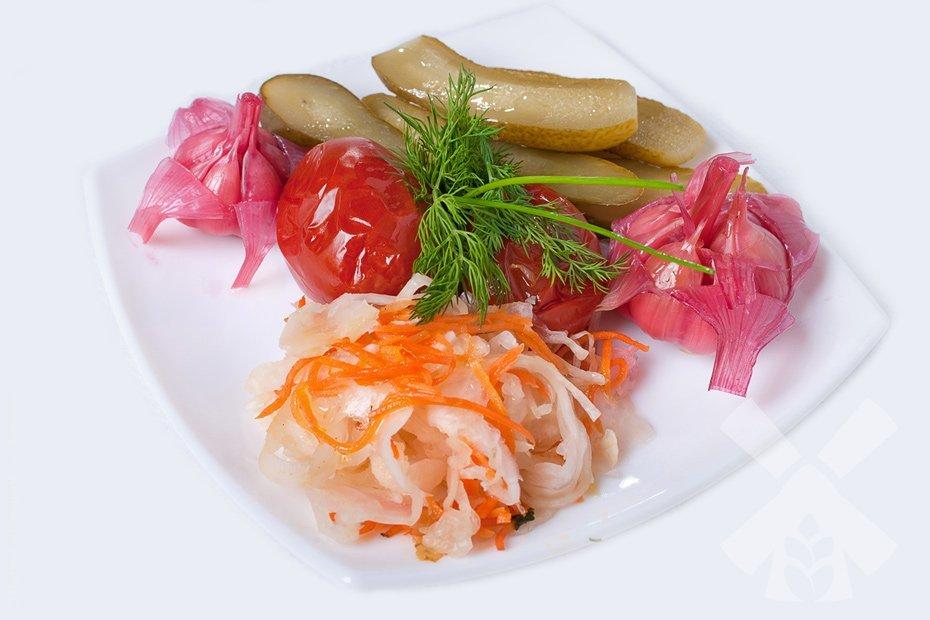 Соленные овощи помогут справиться с недомоганием