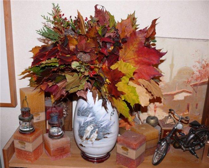 7bba418351a6d029243c906c69d1bdc5 Цветы и розы из кленовых листьев своими руками пошагово. Осенние поделки из кленовых листьев – букеты с розами и цветами: мастер класс