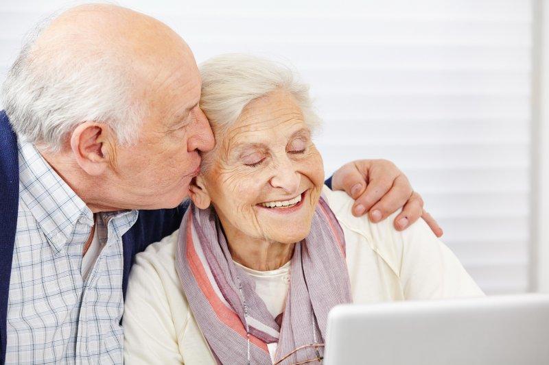 Покойные бабушка и дедушка радостные посетили ваше сновидение? в вашей жизни произойдет значительное счастливое событие.
