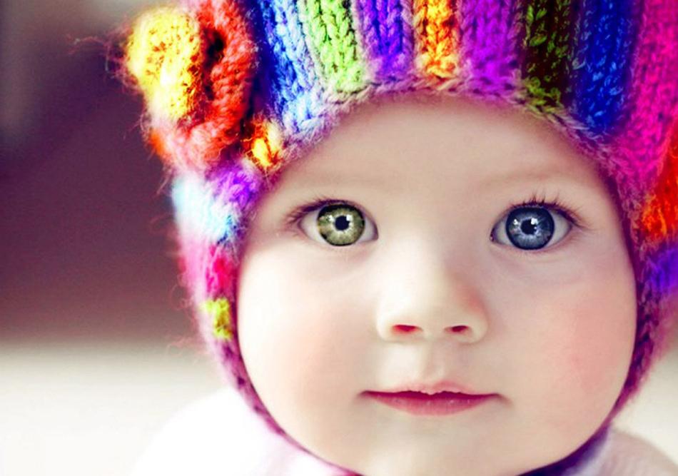Девочка с врожденной гетерохромией