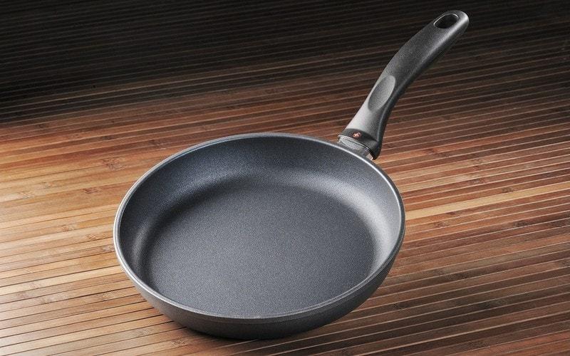 Содержим сковороды в чистоте