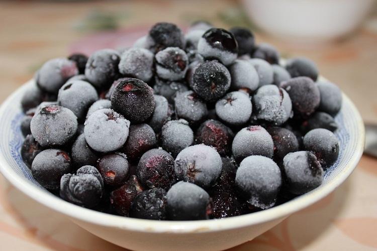 Готовить вино можно из замороженных ягод