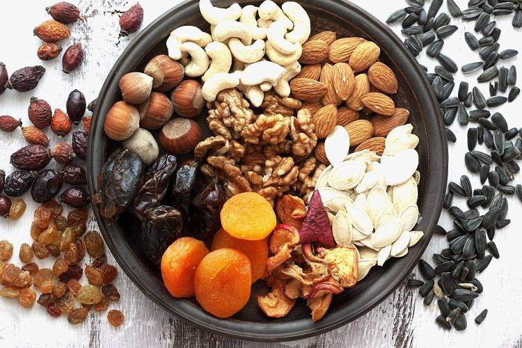 Среди сухофруктов и орехов только грецкие ядра являются исключением