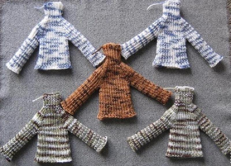 takie-variacii-sviterov-vozmozhni Одежда для куклы Барби и Монстер Хай крючком и спицами: схемы с описанием, фото. Как связать платье для куклы Барби и Монстер Хай крючком для начинающих?