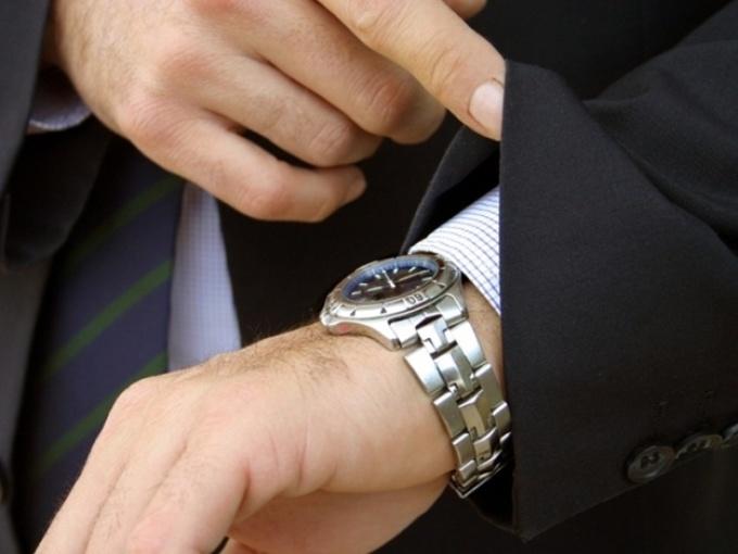 Синхронизация мозга - часы на другой руке