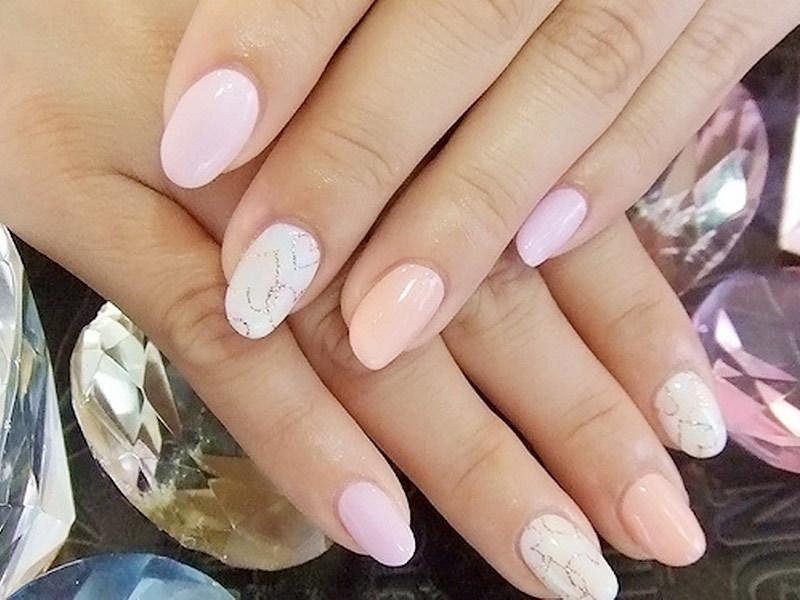 Модный маникюр для невесты на короткие ногти