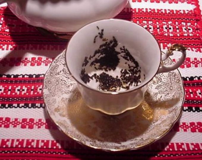 Рисунок на чайной заварке