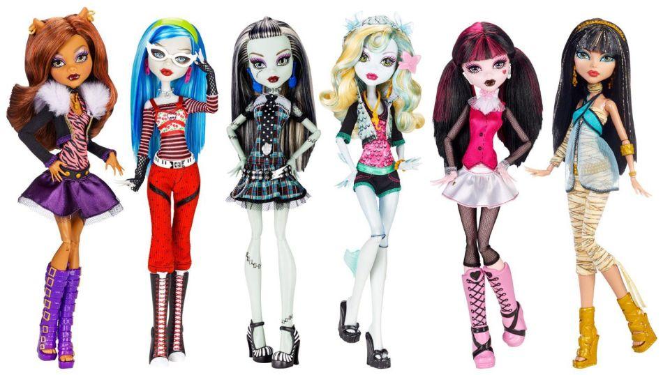 nastoyashie-kukli-monster-hai Одежда для куклы Барби и Монстер Хай крючком и спицами: схемы с описанием, фото. Как связать платье для куклы Барби и Монстер Хай крючком для начинающих?