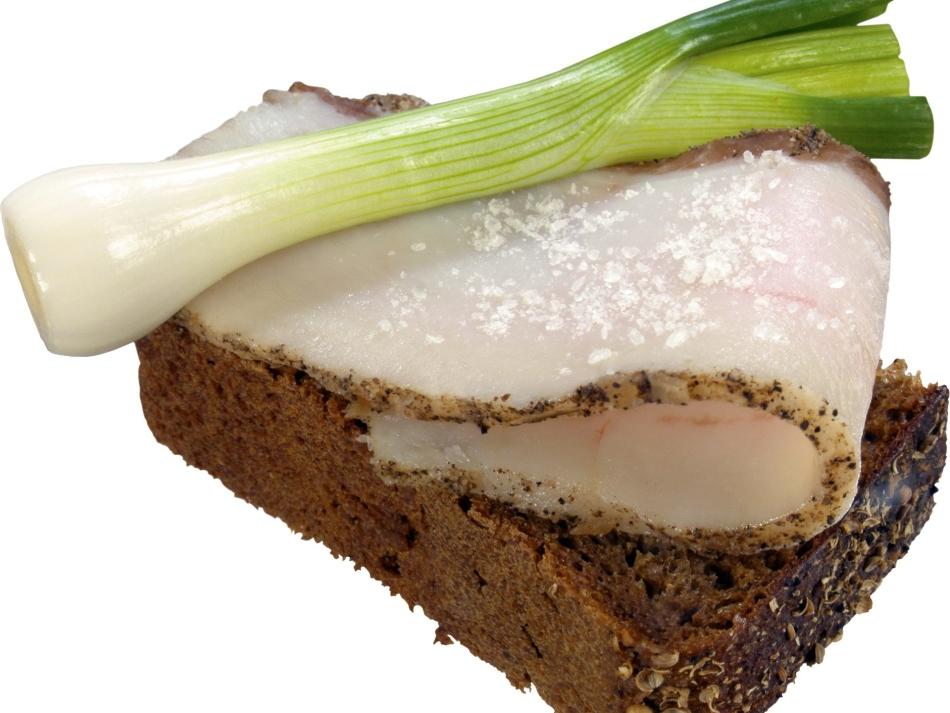 Можно ли кушать сало беременным?