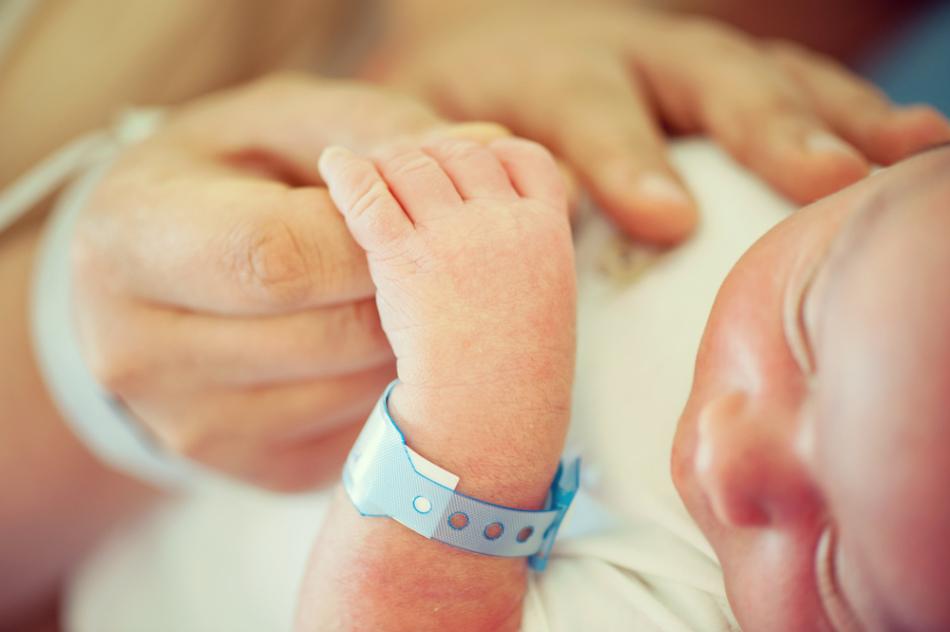 У новорожденных также бывают кровоизлияния