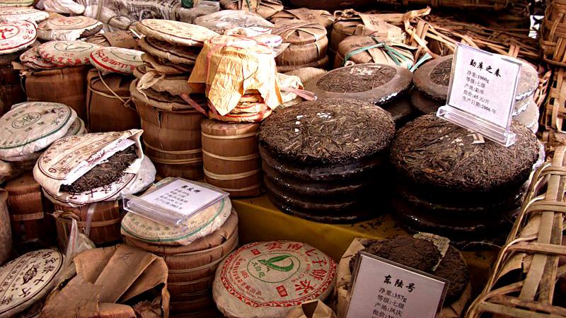 Чай пуэр в плитках и пластинах