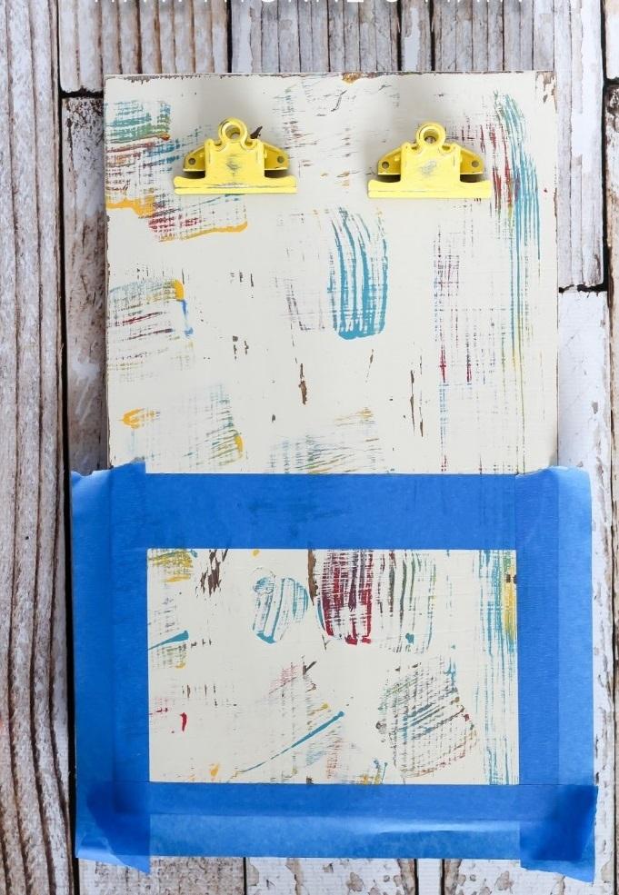 nanesenie-dvuhstoronnego-skotcha-na-zagotovku-otrivnogo-kalendarya Календарь своими руками - 80 фото, шаблоны и идеи оформления как сделать красивый календарь