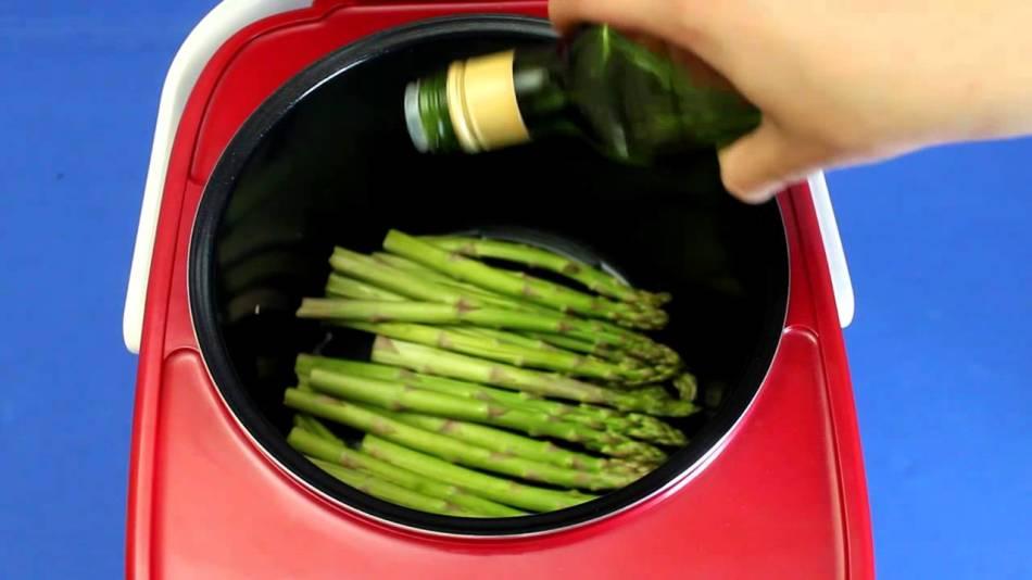 Спаржу можно готовить в мультиварке или пароварке