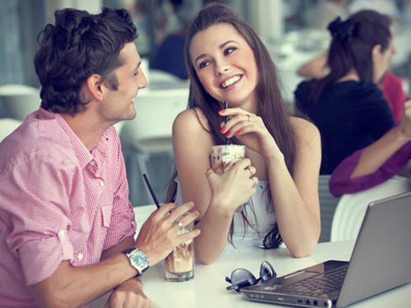 Какой вопрос можно задать девушке, девочке, женщине, чтобы узнать: нравлюсь ли я ему?