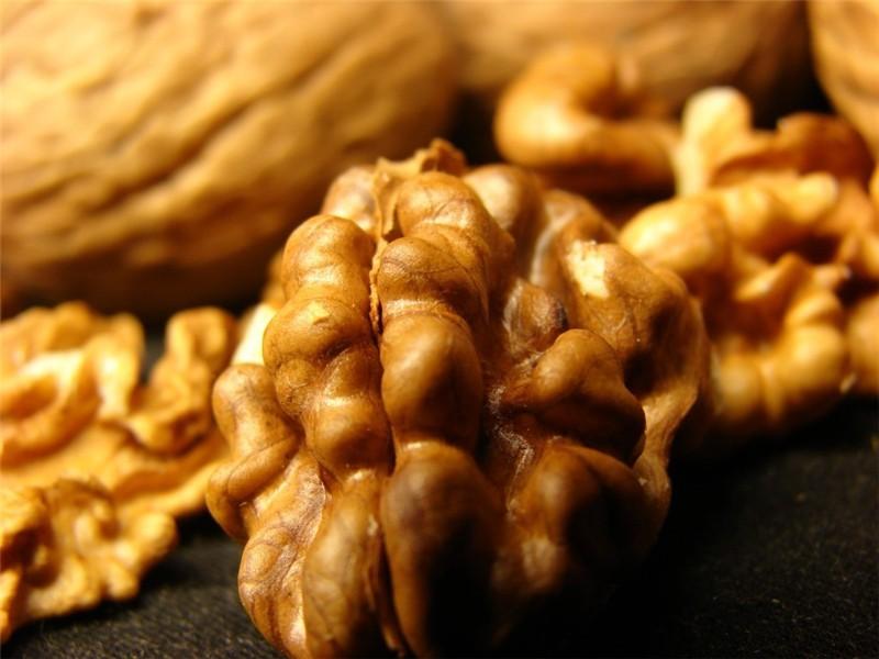 Также с помощью этих полезных орехов можно укрепить иммунитет