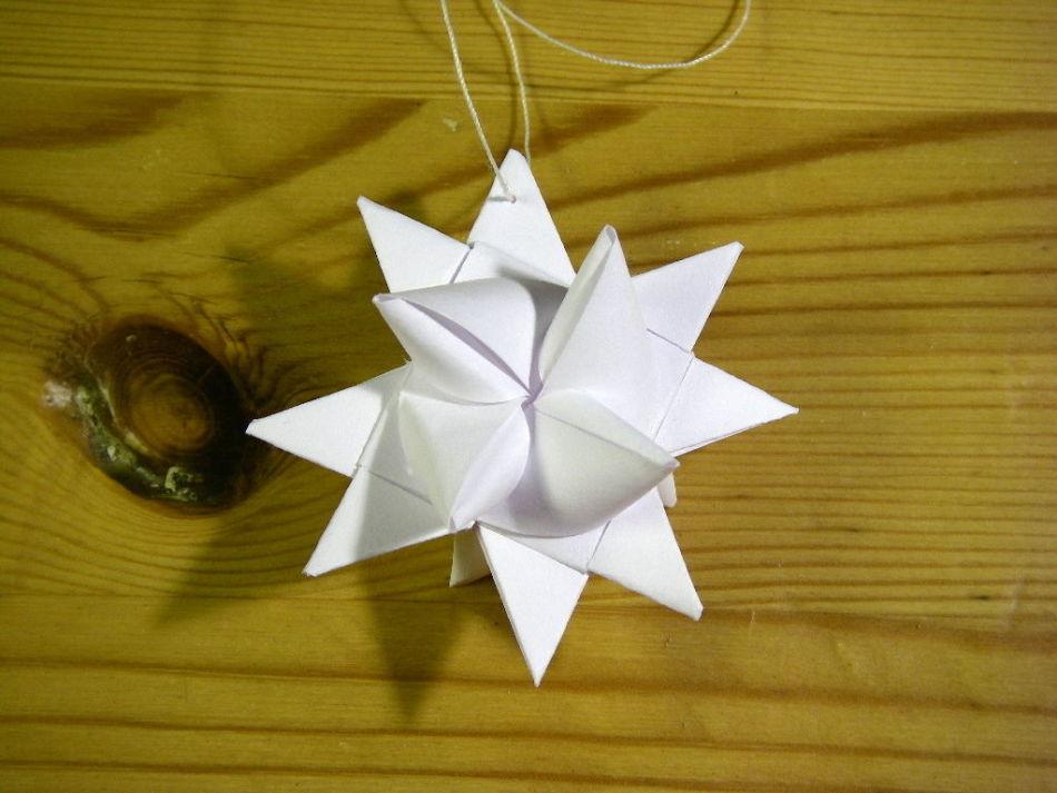 zvezda-frabelya Как сделать объемную звезду из бумаги своими руками: 3D звезда оригами, объемная звезда к Новому году, звезда-оригами четырехконечная, звезда Фребеля — интересные идеи для поделок