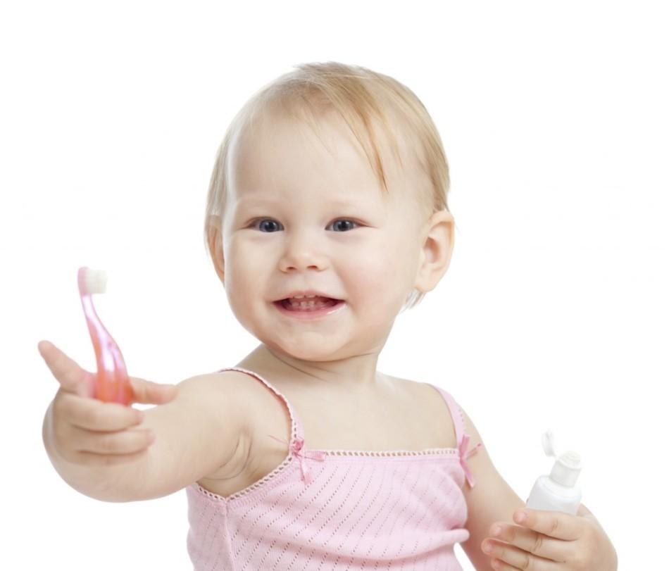 Соблюдение гигиены полости рта помогает избежать появление кариеса