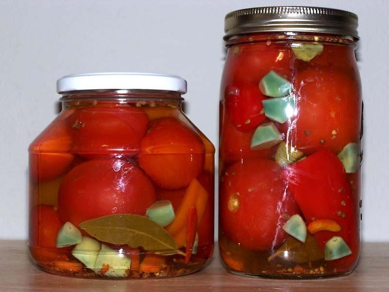 Почему зеленеет или синеет чеснок при засолке, мариновании, консервировании овощей, грибов?