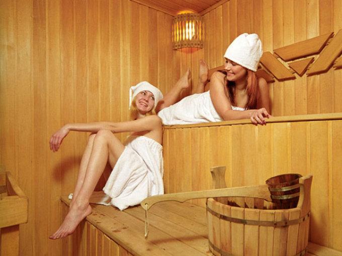 В бане важно быть готовой к перепадам температур