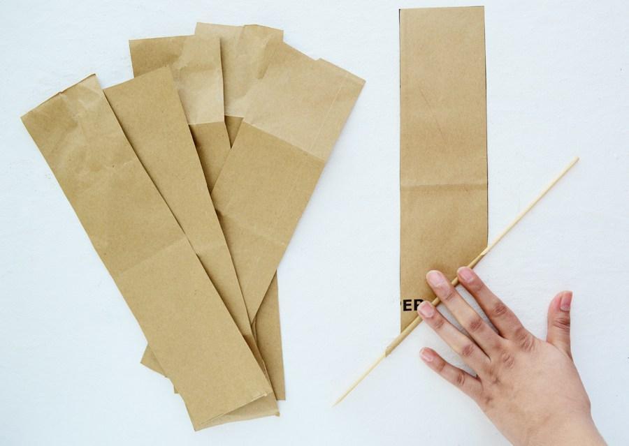 Вот так нужно накрутить бумагу для кашпо