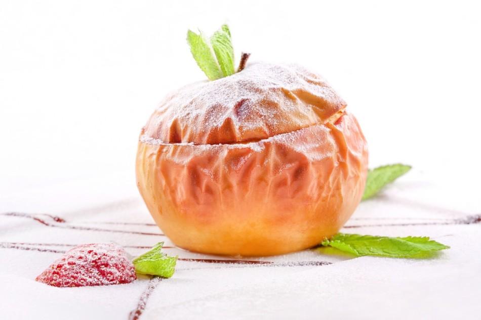 Печеное яблоко для грудничка