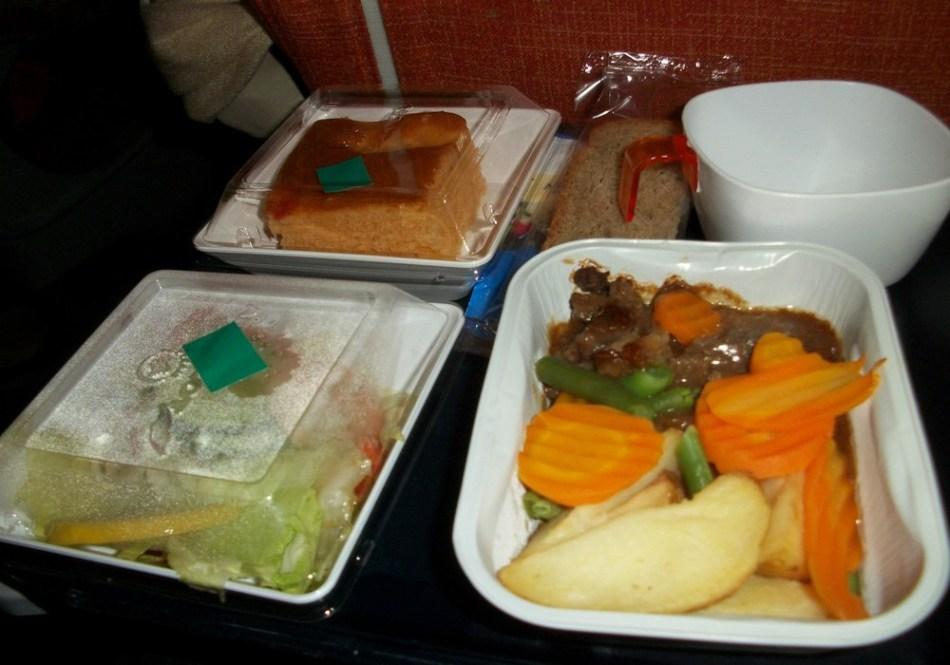 Набор продуктов в самолете