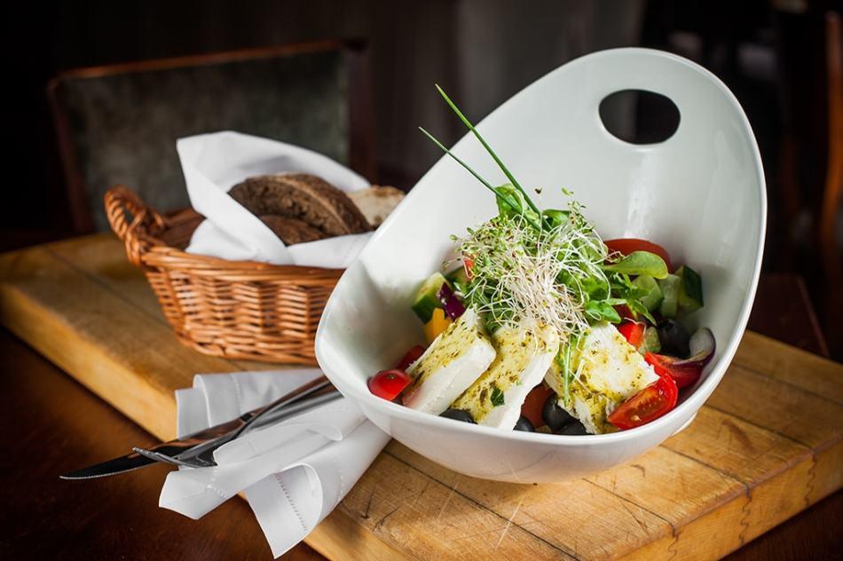 Сыры в греческом салате