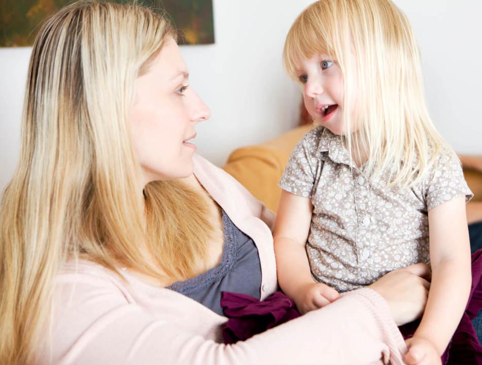 Общение мамы и дочки
