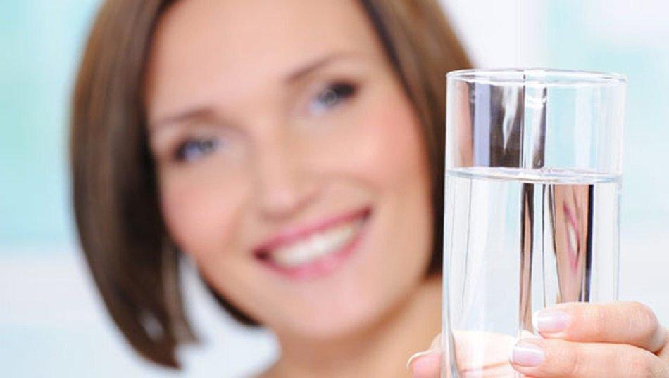 Как пить воду, чтобы она оказывала человеку пользу?