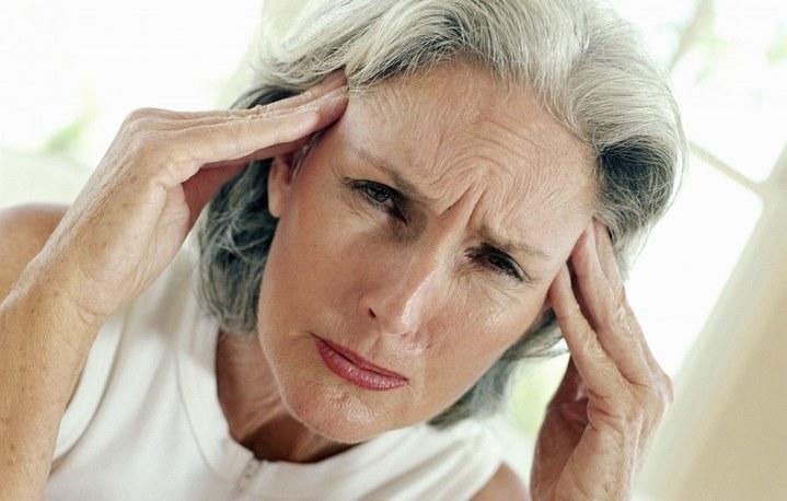 Часто высокое давление проявляется у пожилых людей